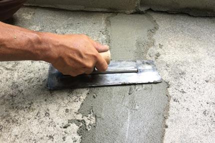 石巻便利屋フォーカスのコンクリートのひび割れ補修