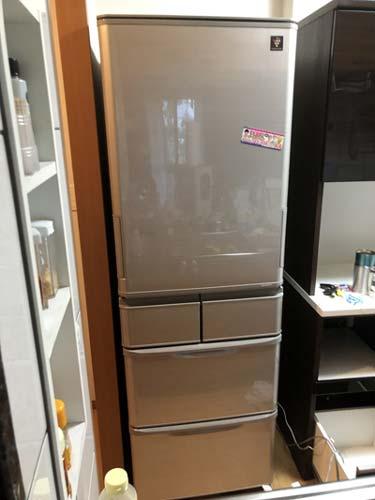 石巻便利屋フォーカスのシャープ5ドア大型冷蔵庫搬入・運搬事例紹介写真