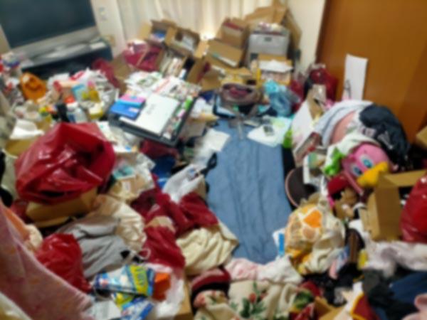 石巻便利屋フォーカスの引っ越し手伝い現場紹介写真(荷造り作業前のアパート室内の様子)