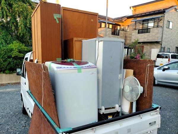 石巻便利屋フォーカスの引っ越し不用品回収写真(タンス・ワードローブなど木製家具、冷蔵庫・洗濯機・扇風機の家電回収)